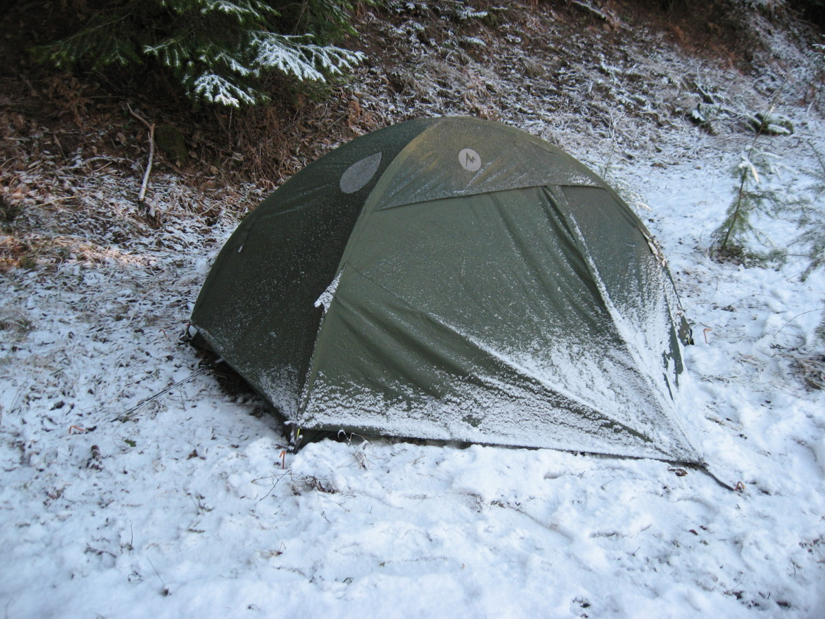 Winter camping in the Marmot EarlyLight.